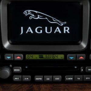 Jaguar XJ8 Radio Code